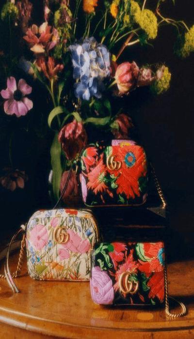 """abiti-a-fiori-e-vestiti-floreali-come-simbolo-di-rinascita Collection Gucci""""Ken Scott"""" Printemps_Été 2021"""